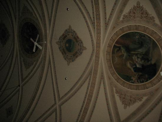 Hague, ND: The awesome artwork on the ceilings of the sanctuary