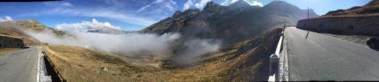 Splügen, Schweiz: Versante svizzero