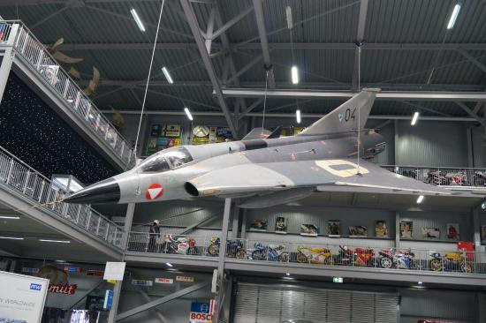 avion dans le hangar picture of technik museum speyer speyer tripadvisor. Black Bedroom Furniture Sets. Home Design Ideas