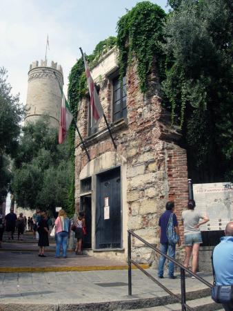Genova casa di colombo foto di la casa di colombo genova tripadvisor - Cose di casa genova ...
