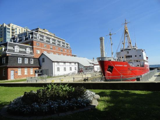 Marine Museum of the Great Lakes