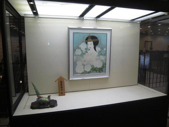 National Bunraku Theater: In the foyer
