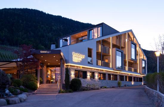 Hotel restaurant kirchsteiger ab 159 1 8 6 for Hotel in lana sudtirol