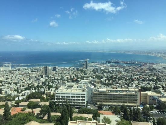 Crowne Plaza Hotel Haifa: View of the Haifa Port from the room