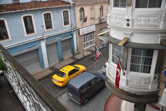Hypnos Design Hotel: view overlooking the corner