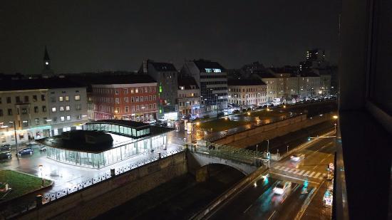 Star Inn Hotel Wien Schonbrunn Check In