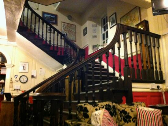 Kendal, UK: Stairs to kitchen and dorms