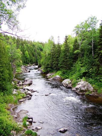 Saint-Jean-de-Dieu, Canada: Le pont des Trois-Roches, St-Jean-de-Dieu, Tronçon Sénescoupé
