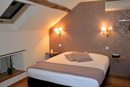 """Hôtel Le Saint Hadelin : Room """"Intime"""""""