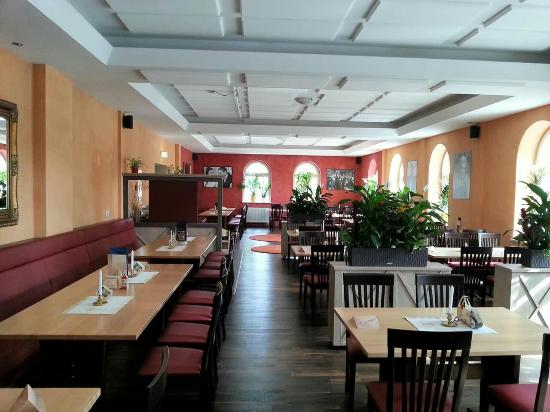 hellas griechisches restaurant dessau restaurant bewertungen telefonnummer fotos tripadvisor. Black Bedroom Furniture Sets. Home Design Ideas