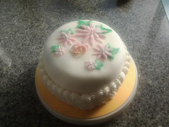 The Swedish Bakery: Bakery cake