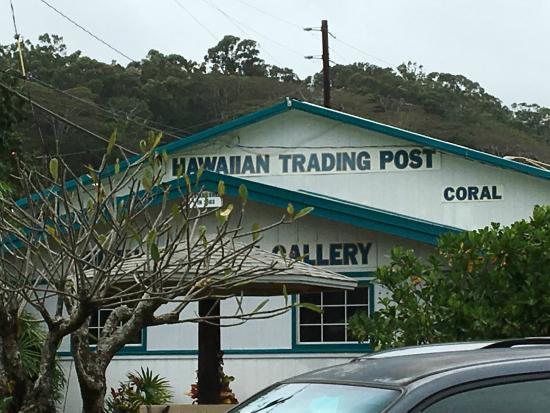 hawaii trading post: Hawaiin Trading Post outside