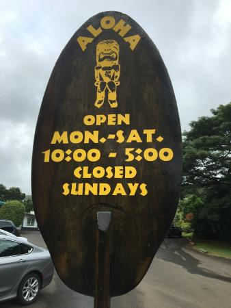 hawaii trading post: Hours of operations