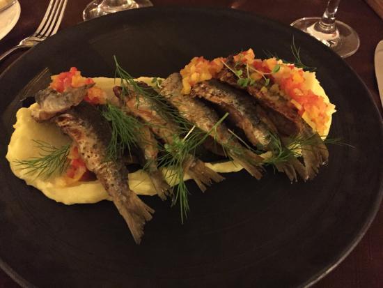 Valtera Restorans Photo