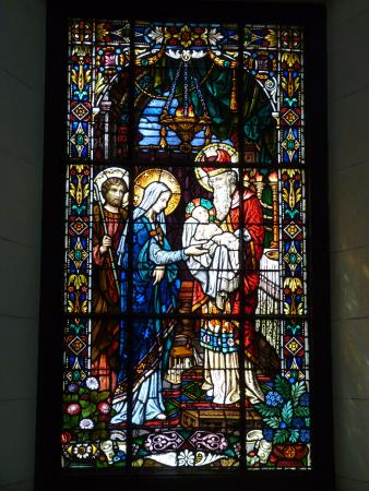 Church of the Good Voyage (Iglesia Santo Cristo Del Buen Viaje): Stained glass