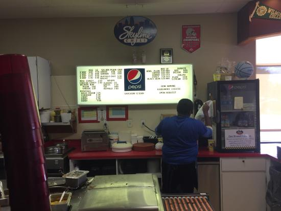 Skyline Chili Incorporated: Lunchtime takeout Order