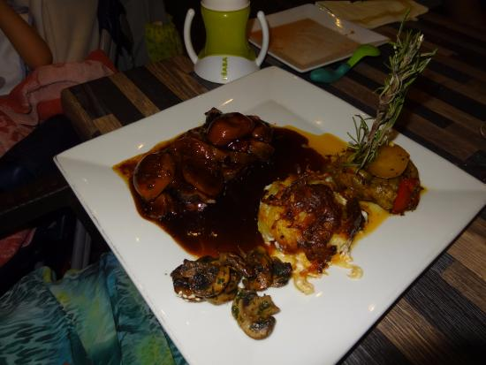 Lou Grilladou : Cuisse de canard confite