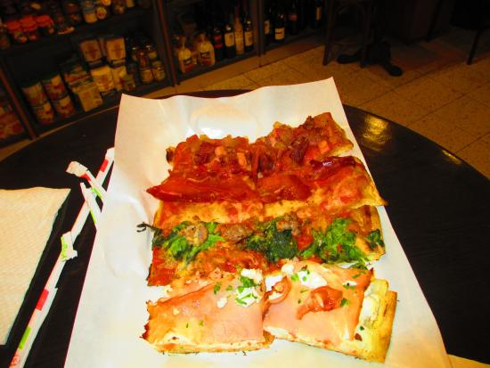 Pizza & Mortadella: Pizza