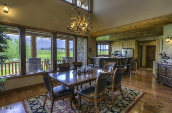 Columbia Falls, MT: Ranch Home dining area