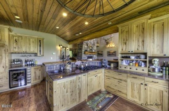 Columbia Falls, MT: Ranch Home Kitchen and Bar