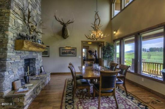Columbia Falls, MT: Ranch Home dining room