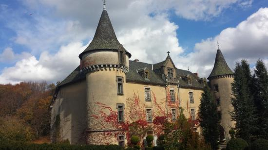 Bessonies, France : Vue de l'entrée