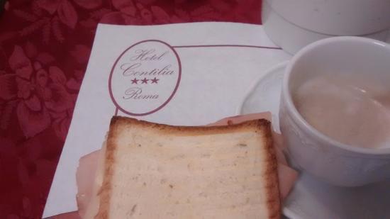 Hotel Contilia: Café da manhã