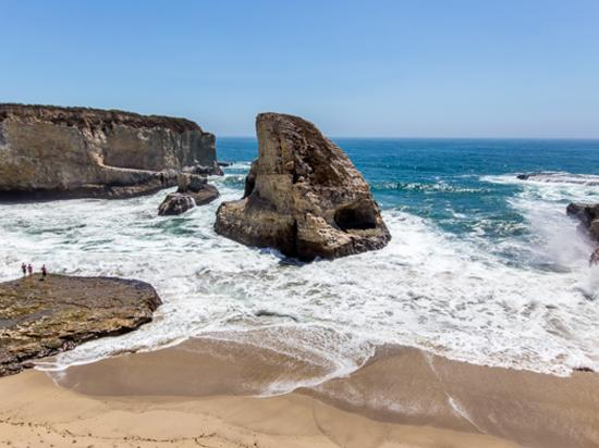 Davenport, CA: Shark Fin Cove - Photo courtesy of Garrick Ramirez