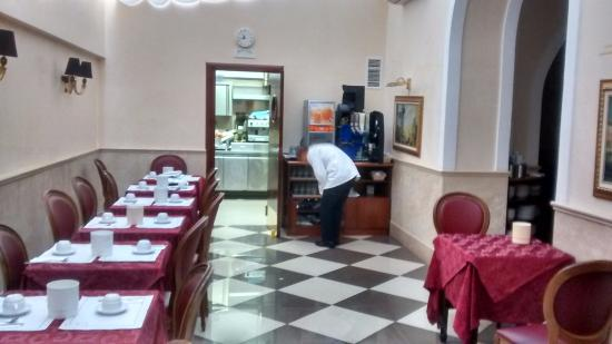 Hotel Contilia: Local do café da manhã