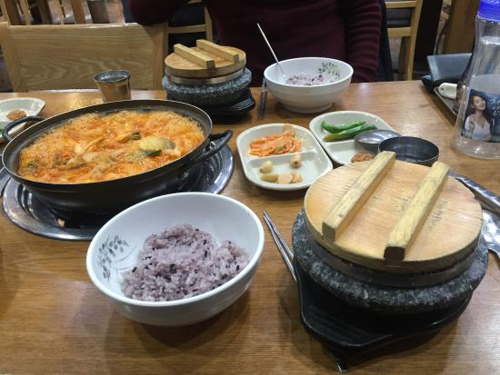 Things To Do in Gochang Bokui Kind Ribs, Restaurants in Gochang Bokui Kind Ribs