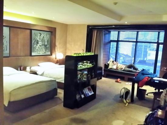 Pudi Boutique Hotel: Huge room