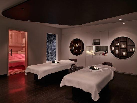 cabine suite photo de molitor spa by clarins paris tripadvisor. Black Bedroom Furniture Sets. Home Design Ideas