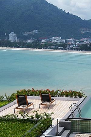 Tri Trang 5 Star Apartments: Amazing view of Patong bay