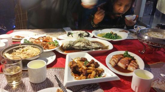 Yun ZhongXiao Ya XuanZhuan Restaurant