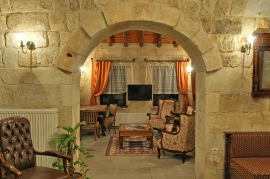Dere Suites Cappadocia: LOBBY