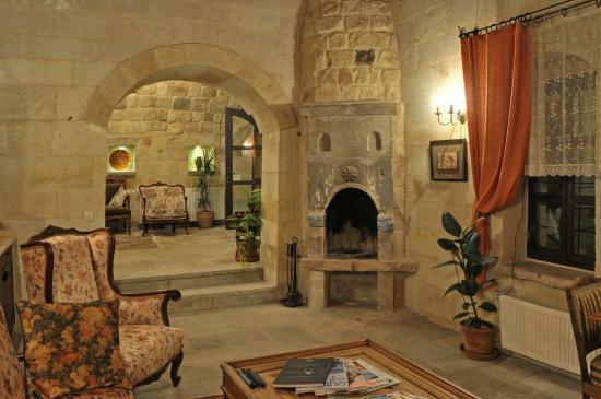 Dere Suites Cappadocia : LOBBY