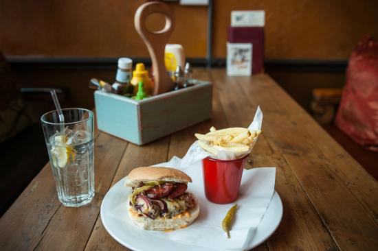 Trago Lounge: Burger