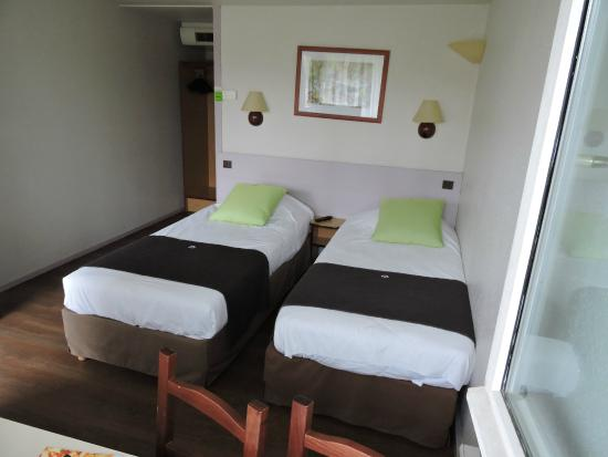chambre lits jumeaux standard photo de campanile auch auch tripadvisor. Black Bedroom Furniture Sets. Home Design Ideas