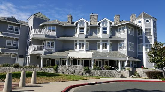 Blue Lantern Inn A Four Sisters Front