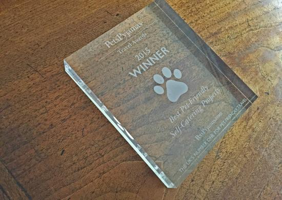 Berkeley House Tetbury: Berkeley House, awarded 'Best Self Catering Property 2015' by Pets Pyjamas