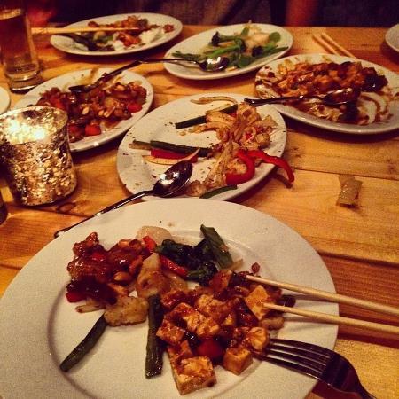 Lee Lee's Hot Kitchen