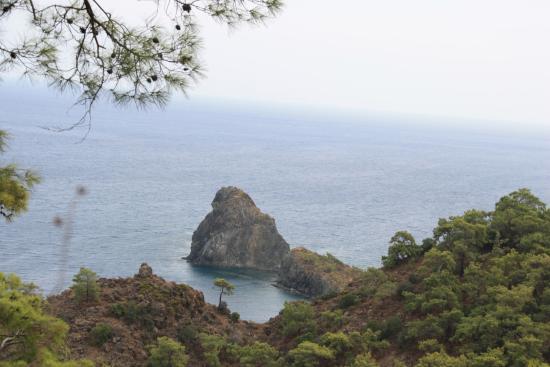 Akdeniz Bahcesi: вид с Ликийской тропы