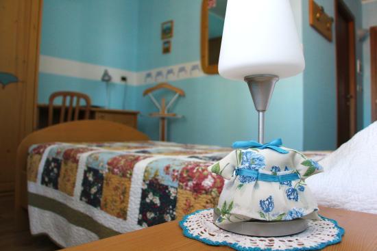 Hotel La Fontana: Camera azzurra