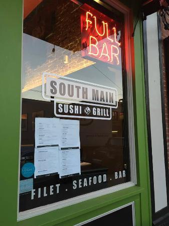 South Main Sushi & Grill