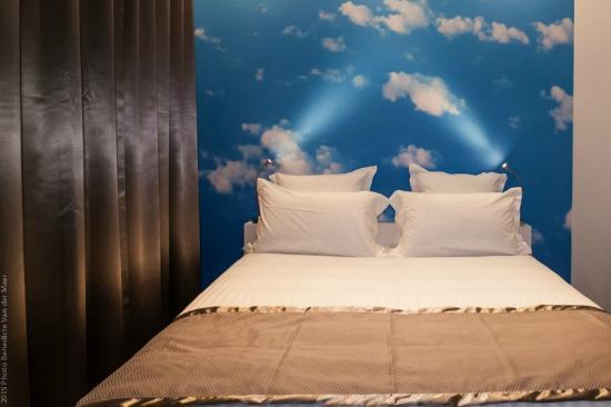 Chambre Double Standard Asia - Bild von Comfort Hotel Sixteen Paris ...