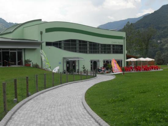 Idro, Italie : L'ingresso al centro.