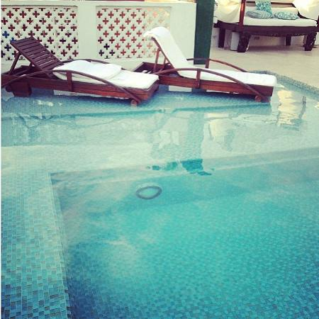Hotel Aguamarina: Piscina