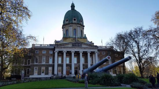 Holiday Inn Express London-Wimbledon-South: Imperial War Museum nearby via Tube