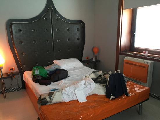 Beautiful Orange Hotel: Quarto Ideas