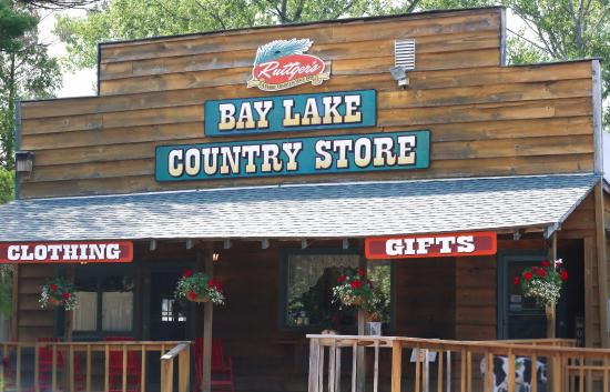 Ruttger's Bay Lake Lodge: Shopping at Ruttger's